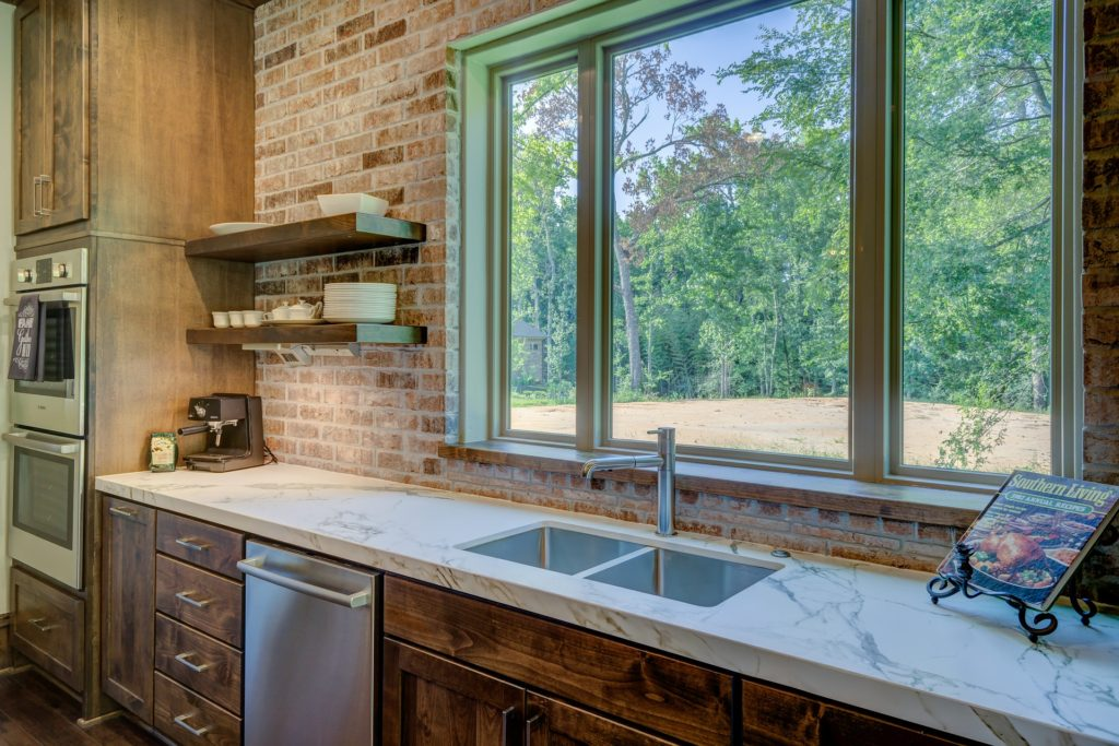 stage your kitchen to sell